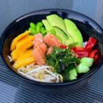 Poke bowl zalm mango avocado